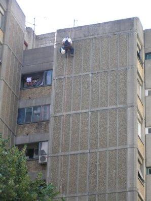 alpinista sanacira fasadu