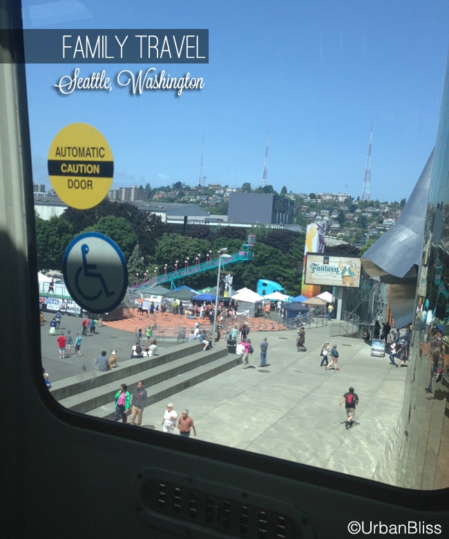 Family Travel Seattle - Monorail 03