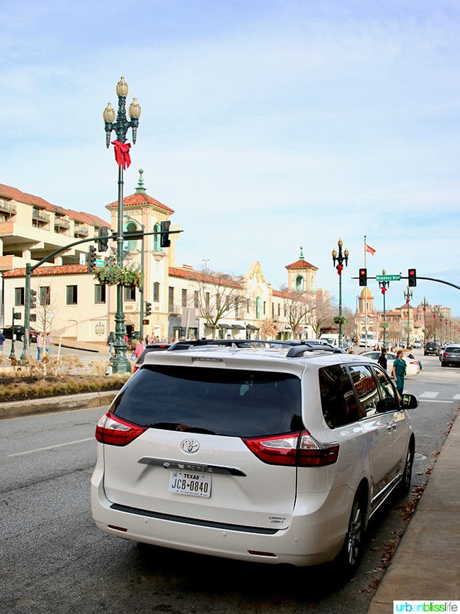 Holidays in the Heartland: test driving the Toyota Sienna in Kansas, on UrbanBlissLife.com