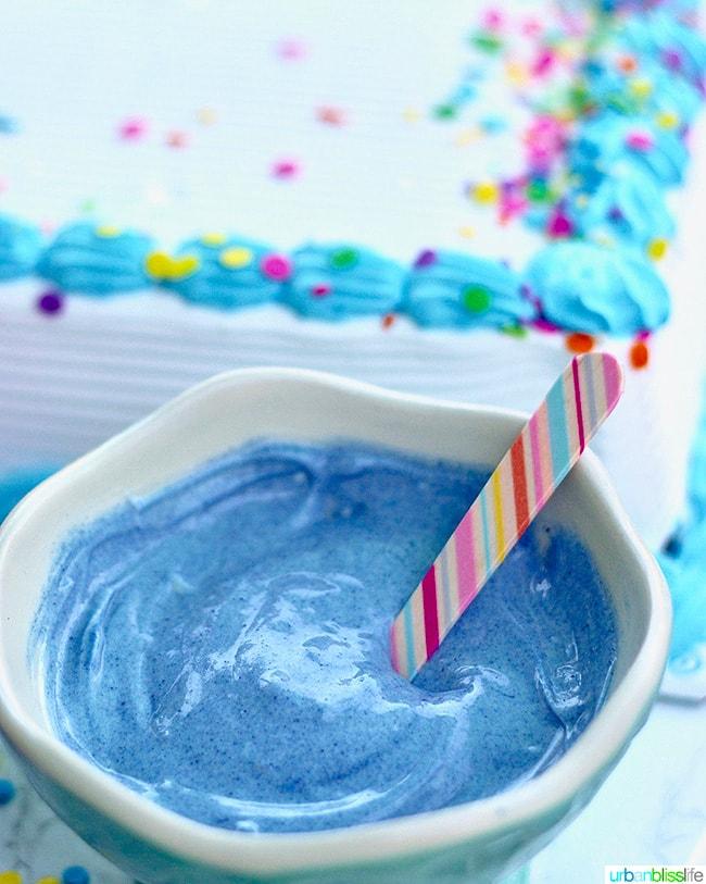 homemade magic shell - blue spirulina