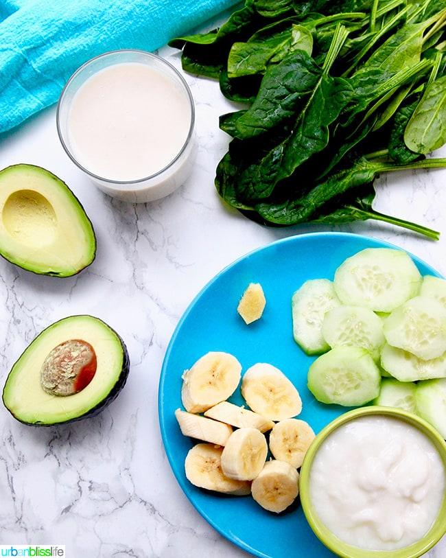 Avocado Green Smoothie ingredients