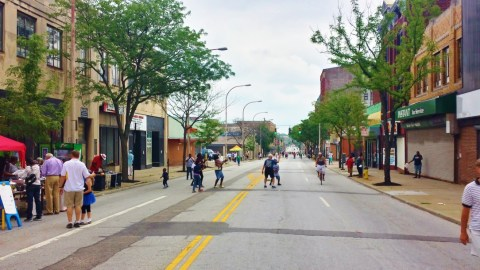 Cincy Summer Streets in Walnut Hills [Jocelyn Gibson]