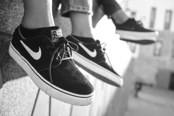 Nike black & white- Janoski 3