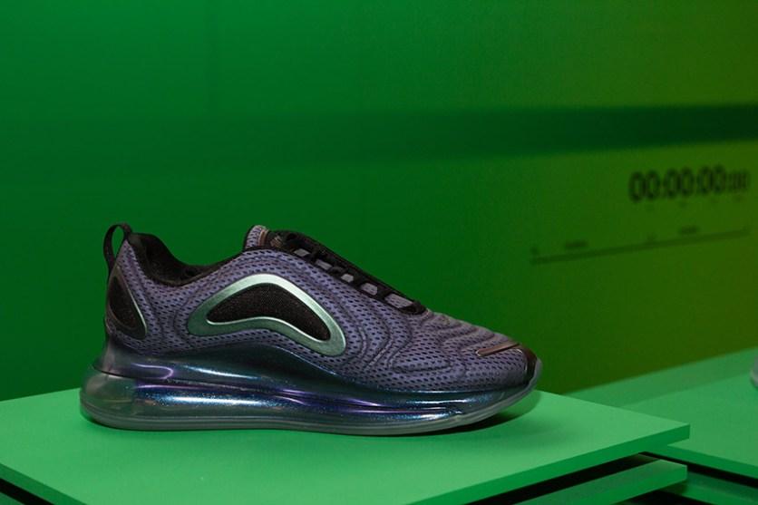 Nike-am720-1