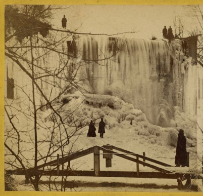 Winter visitors to Minnehaha