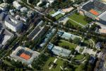 Boulogne-Billancourt. Le projet d'extension du stade Roland-Garros prévoit la création d'un nouveau cours à la place des serres d'Auteuil (au centre de la photo). Inacceptable pour les associations de patrimoine qui exposeront la semaine prochaine leur contre-projet.