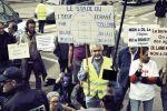 Le 2 mai 2012, des opposants à la construction du Grand Stade censé accueillir l'OL à Décines-Charpieu, dans la banlieue de Lyon.
