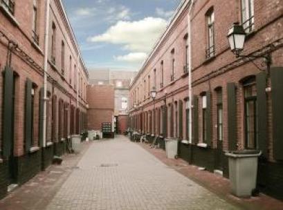 Une courée à Lille. Crédits Photos : CAL PACT du Nord
