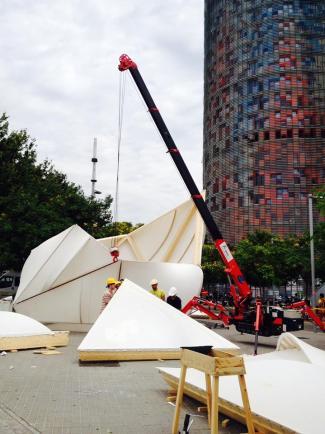 Construction de la Endesa World Fab Consenser (sources: Fab 10 Barcelona)
