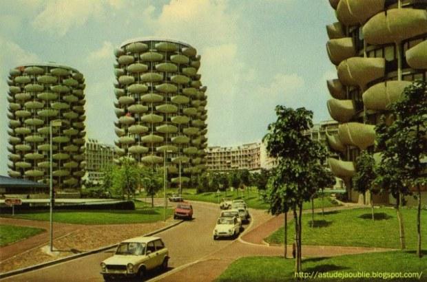 """Résultat de """"Réinventer Paris"""" ? Pardon. Ce sont Les Choux de Créteil, un grand ensemble signé par Gérard Grandval à Créteil en 1974. Nous avions confondu..."""