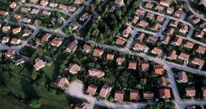 Lotissement de maison individuelles de la banlieue de Pontarlier, Doubs. / ©  H.HUGHES - hemis.fr
