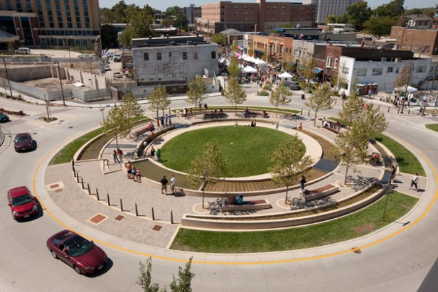 Water Cleaning Circle - Un rond point aux multiples usages dans l'Illinois