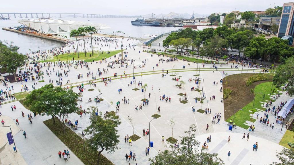 Luiz Paulo Conde Waterfront Promenade / Olympic Boulevard B+ABR Backheuser e Riera Arquitetura - © Ignasi Riera