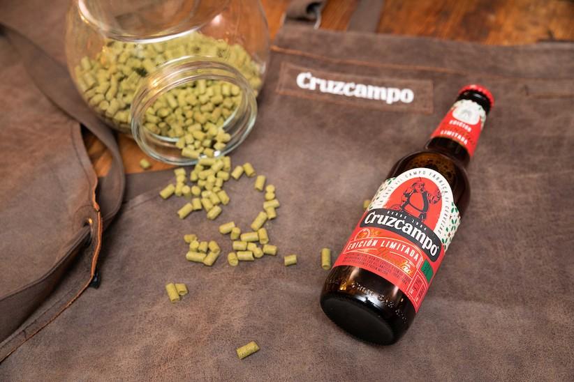 Cruzcampo lanza Fuerza Bar para ayudar a la hostelería