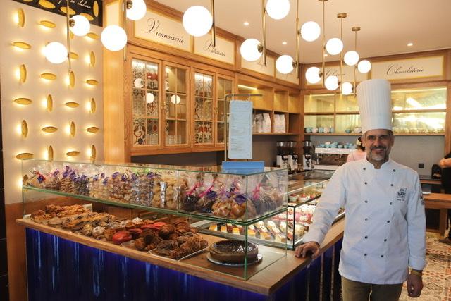 Manu Jara abre su nueva dulcería en el Gourmet Experience