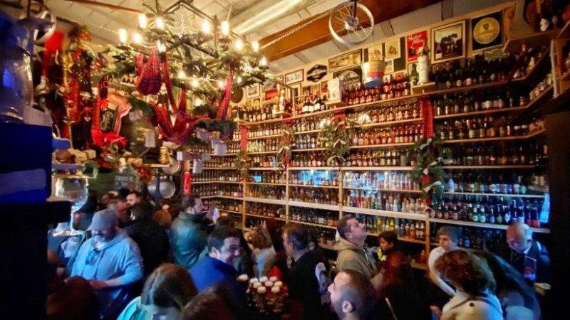 Reabre la Catedral de la Cerveza de Pedrera, la mayor colección de Andalucía