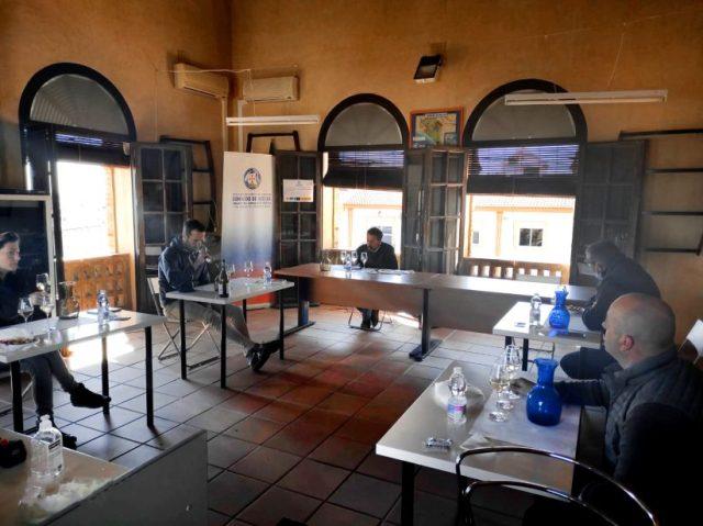 """Los vinos blancos del Condado de Huelva obtienen la calificación de """"Buena"""" en su cosecha 2020, tras el análisis del Consejo Regulador."""