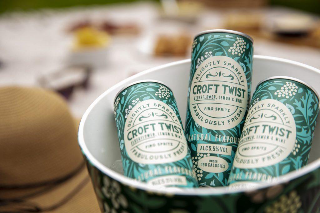 Croft Twist, el fino spritz, llega en lata para refrescar el verano