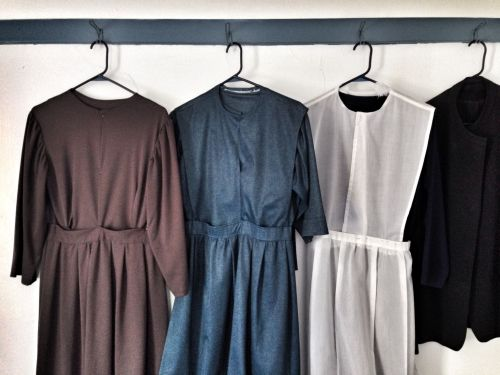 Many Amish make their own clothes according to the rules of their group.