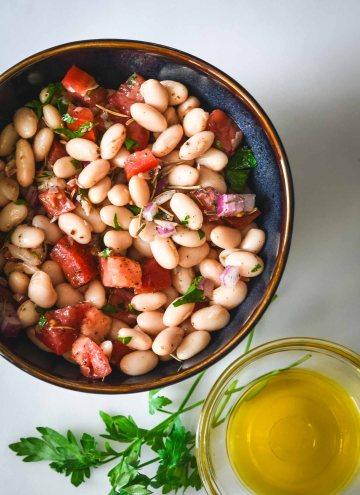 Tuscan White Bean Salad