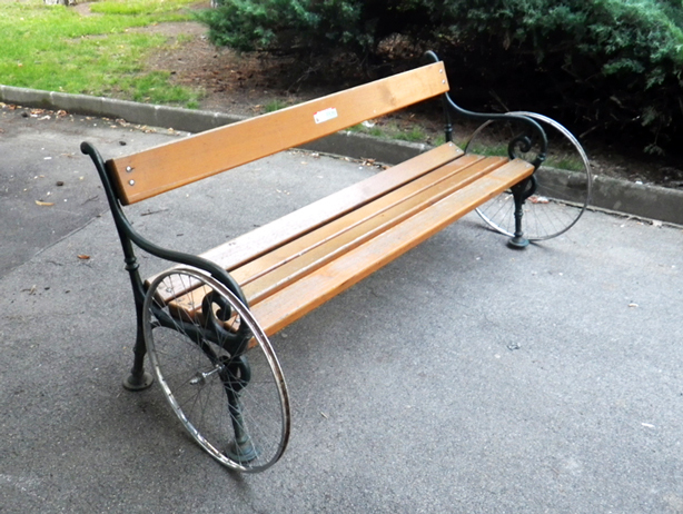 florian-riviere-wheel-bench