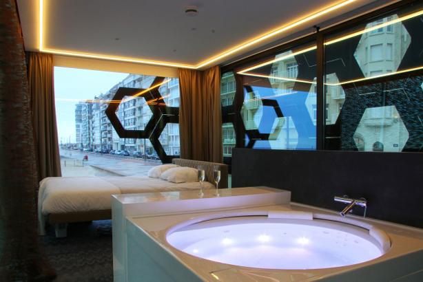 Tender2-bedroom_bath-614