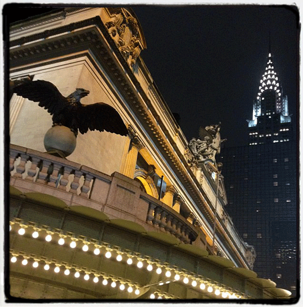 nyc-grand-central-station-facade-chrysler-building