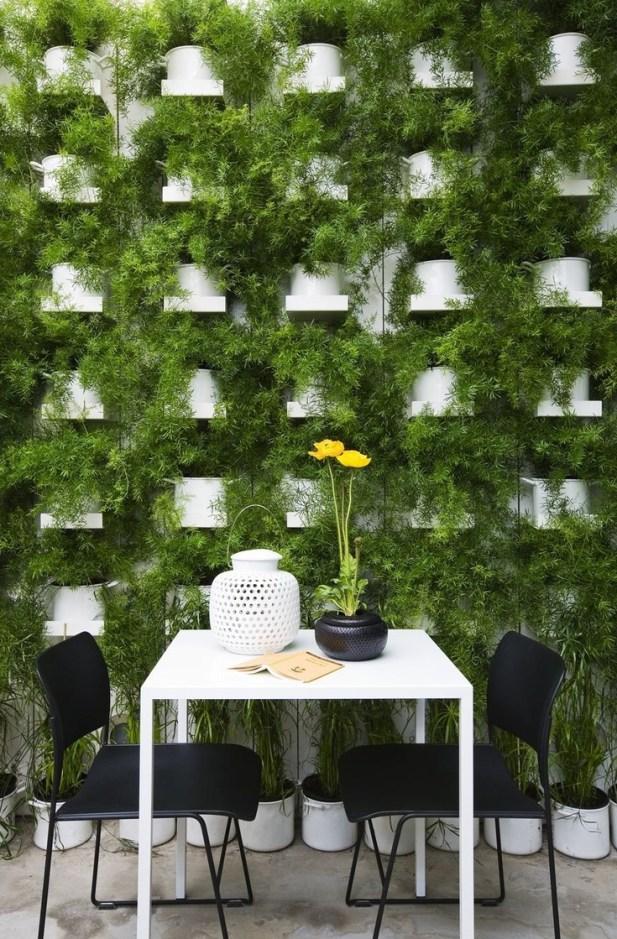 green wall italy
