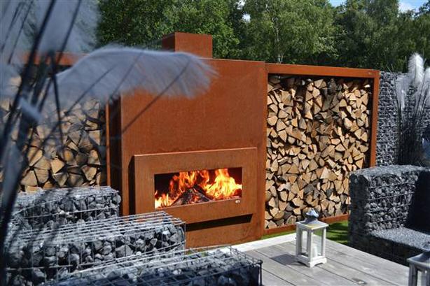 Zeno-Retta-Massive-floriade-fireplace