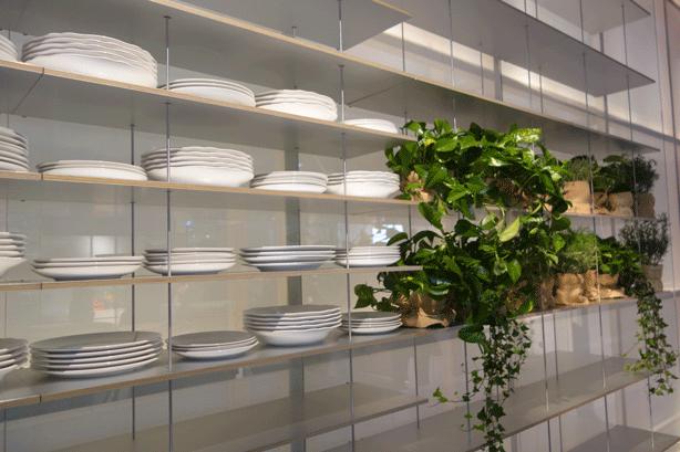 eurocucina-hanging-room-divider-planted-shelves