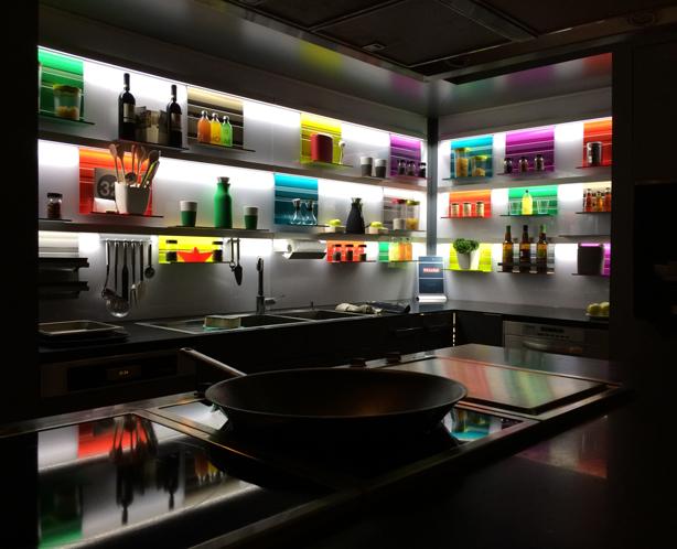 clever-storage-modular-shelves-corner-planter
