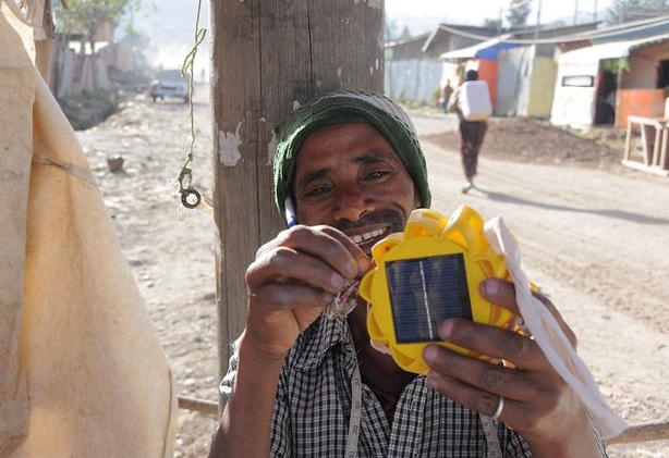 little-sun-solar-lamp-off-grid-urbangardensweb
