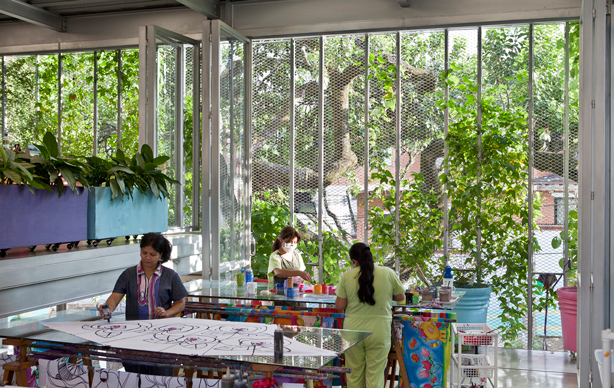 husos_bioclimate_building_interior_taller_urbangardensweb
