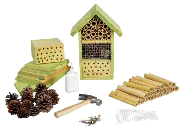 esskert-design-diy-insect-hotel-kit-urbangardensweb