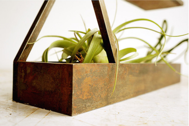 Mobius3 Steel Planter