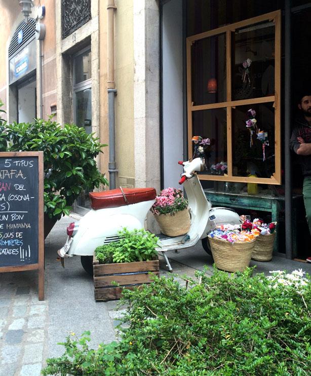 temps-de-flors-planted-vespa-urbngardensweb