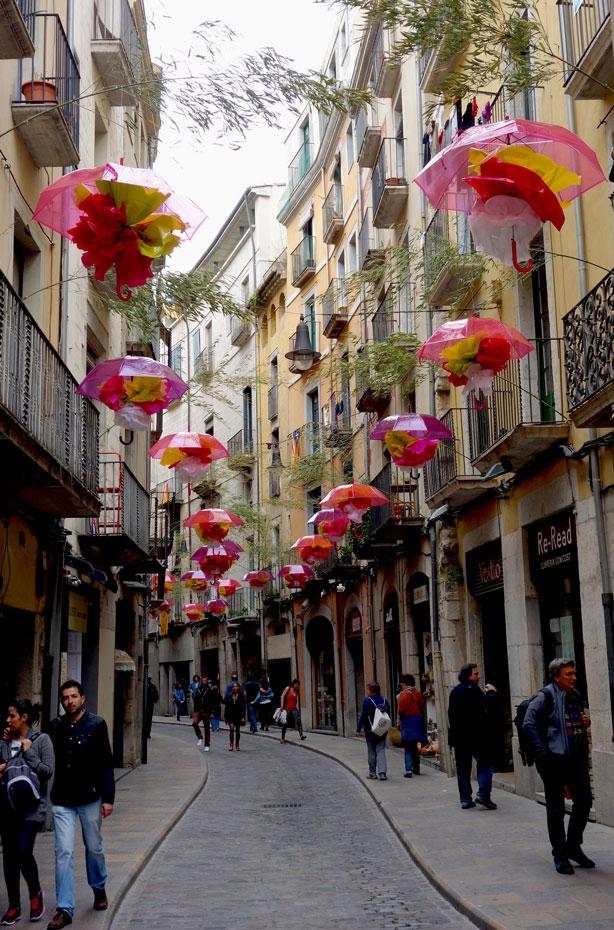 temps-de-flors-umbrella-street-urbangardensweb