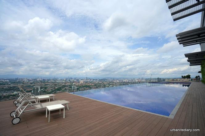 New World Petaling Jaya Hotel - Review