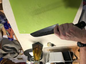 Blade grip on a chef knife