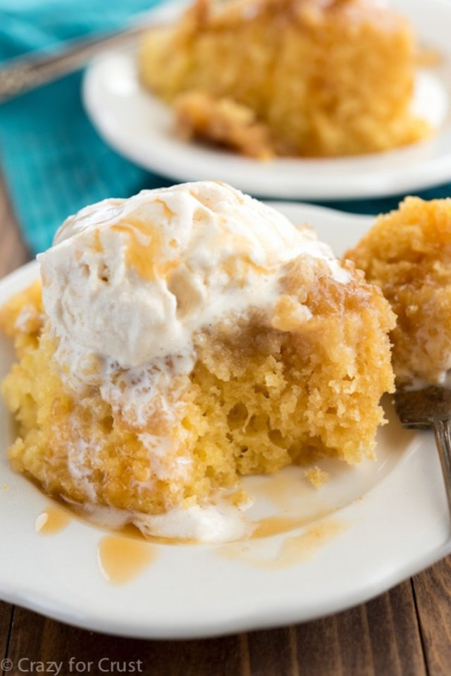 STYLECASTER   11 Impressive Holiday Desserts You Can Make In a Slow Cooker   Caramel Cake