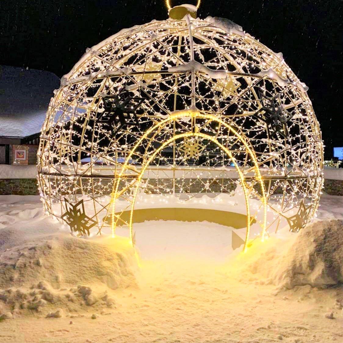 Lysgloben var et flott lysglimt på vintervakre Beitostølen