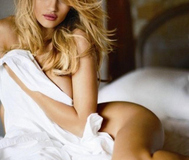 Rosie Huntington Whiteley Sexy