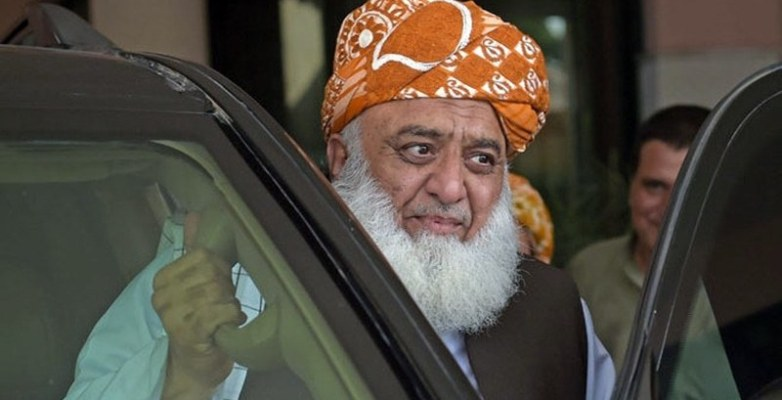 Sit-in was called off on assurance of PM's exit: Fazl