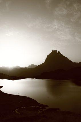 Pic du Midi d'Ossau - Ur eta Lur, Canyoning et Randonnée