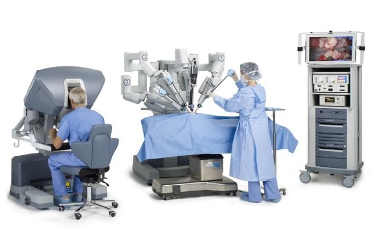 Robot-quirurguico-da-vinci-clinica-duarte2