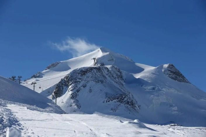 Vue de paysage des pistes de ski de Tignes
