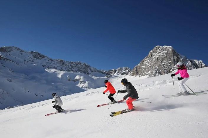Groupe de skieurs à Tignes