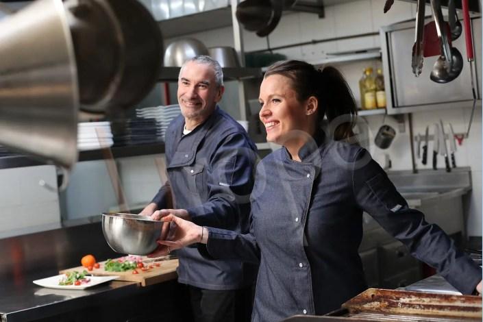 Image de travail en cuisine pour Manelli