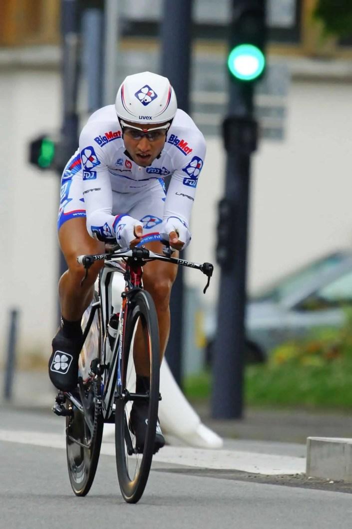 Photo de cycliste lors d'un contre la montre sur le tour de France