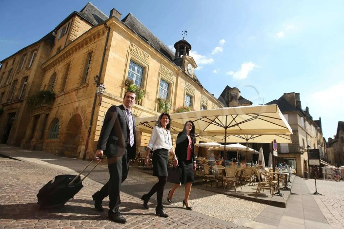 Photographe Incentive - Place de Sarlat